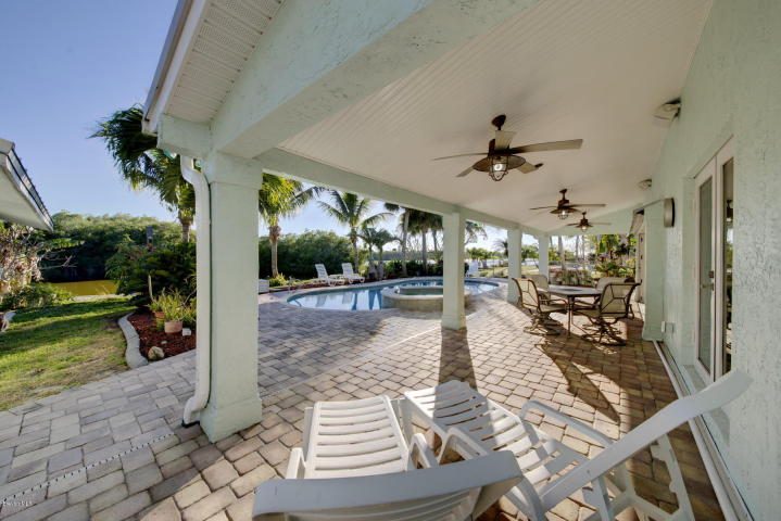 Cocoa Beach waterfront pool homes for sale